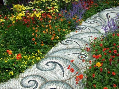 caminho_jardim_mosaicos_ondas