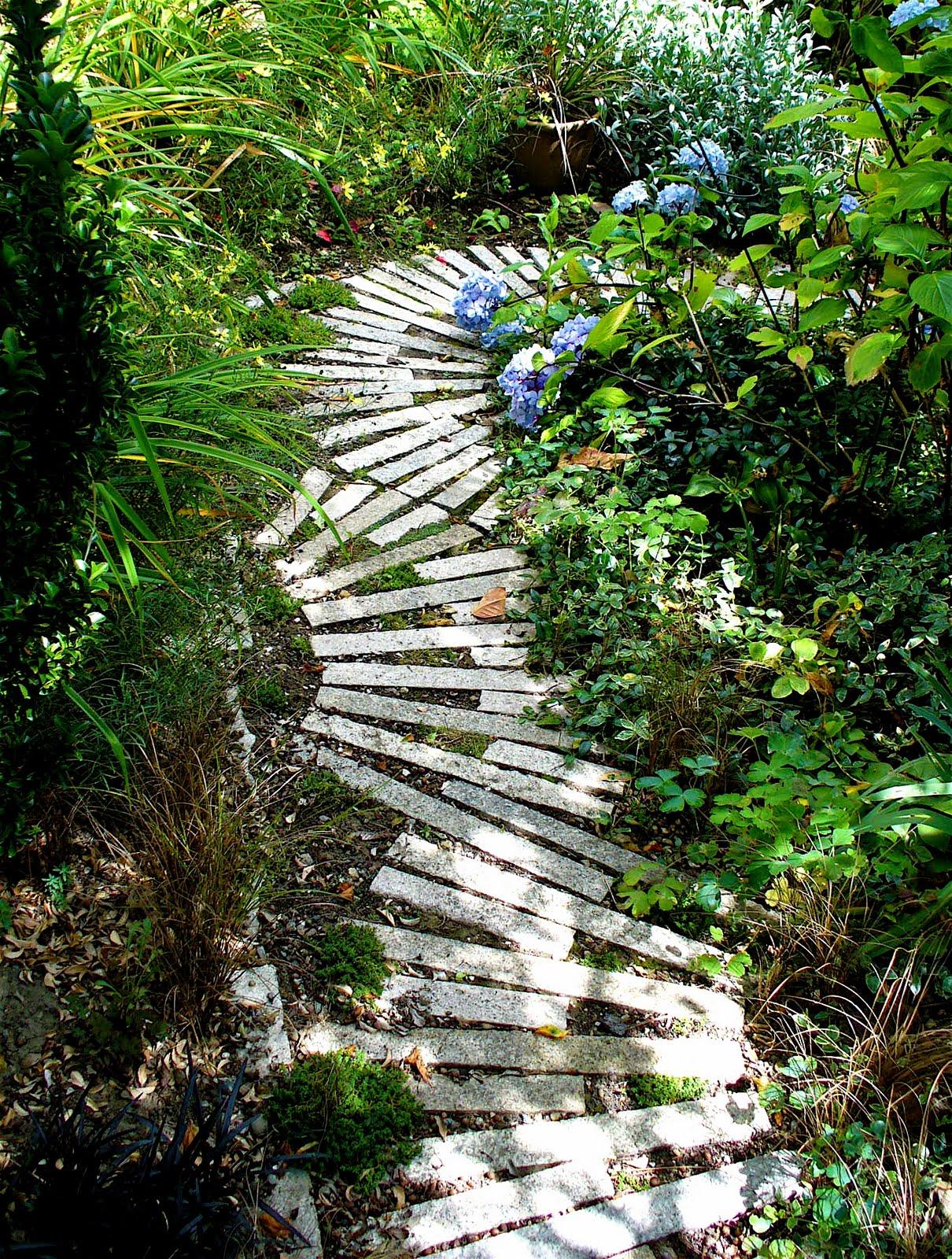 pedra jardim caminho:caminho_jardim_pedras_cinzas_retangulares_longas – Faça Você Mesmo