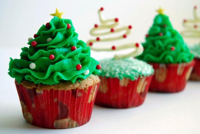 cupcake_natal_arvore_verde_branca