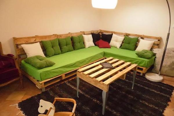 Sustent velmob novo c modo m veis de pallet palete for Sofa cama bueno bonito y barato