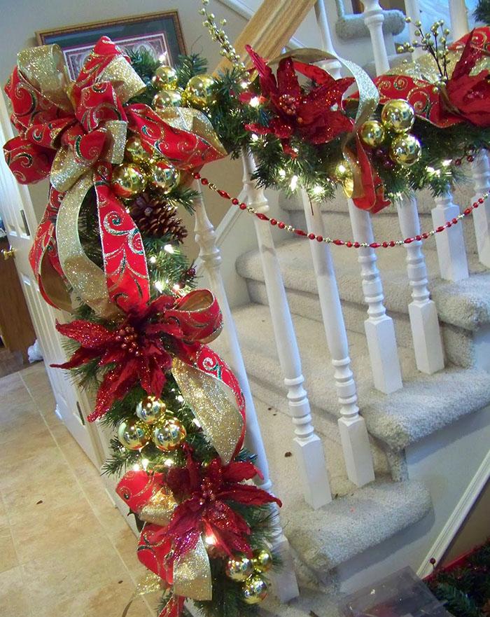 decoracao natal escadas vermelho